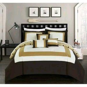 Comforter Set -Chic Home Designs
